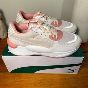 Puma R.S Space pastel pink sneaker size US 7
